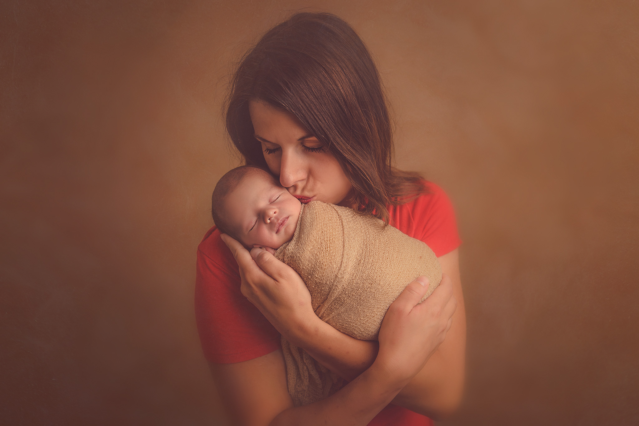 photo maman et bébé en séance photo naissance photographe Nord