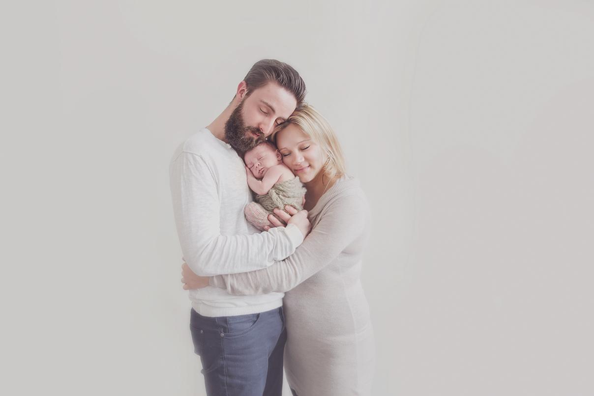 photographe naissance sur tourcoing seance photo nouveau né avec parents