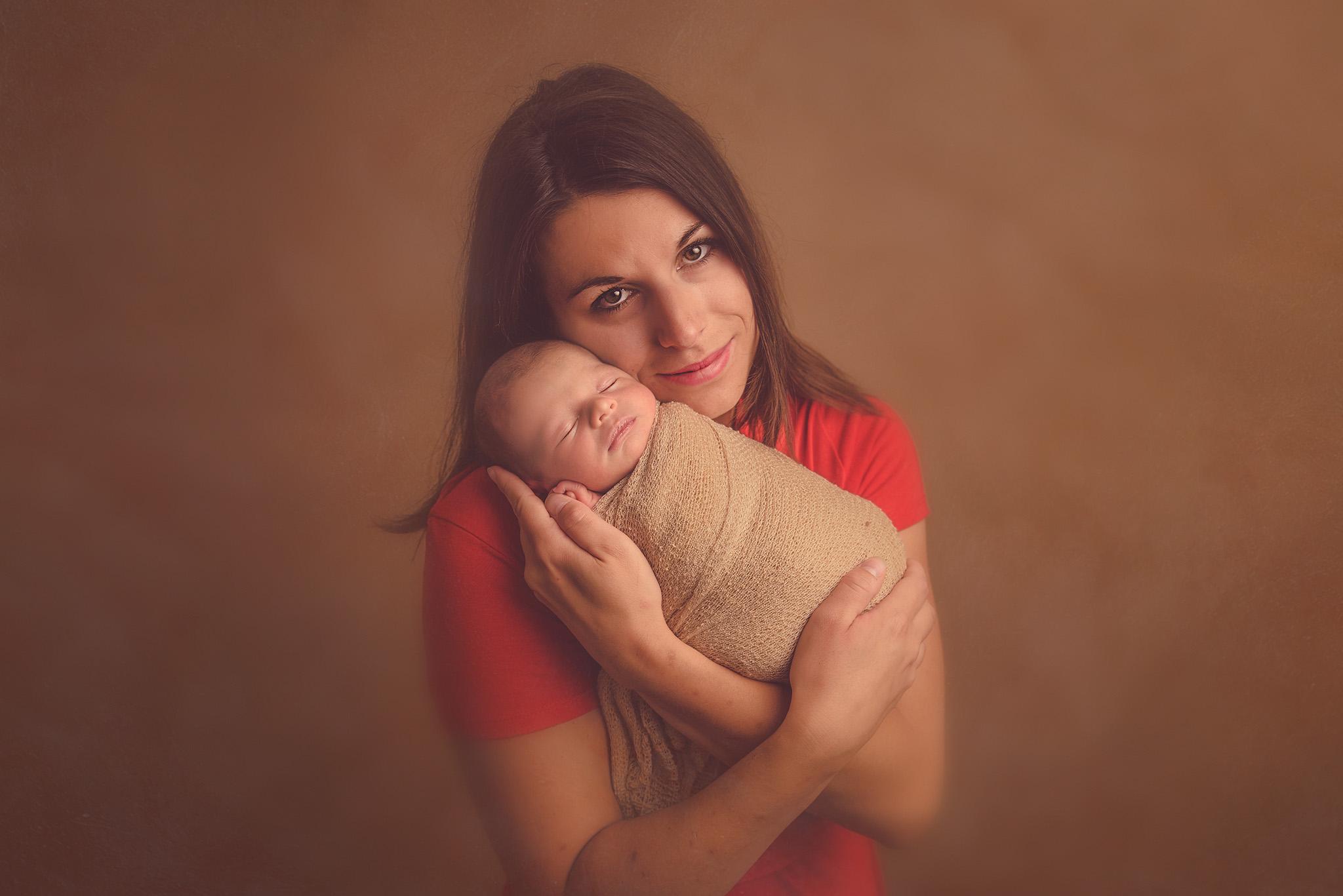 shooting photo bébé et maman en studio photo sur Tourcoing