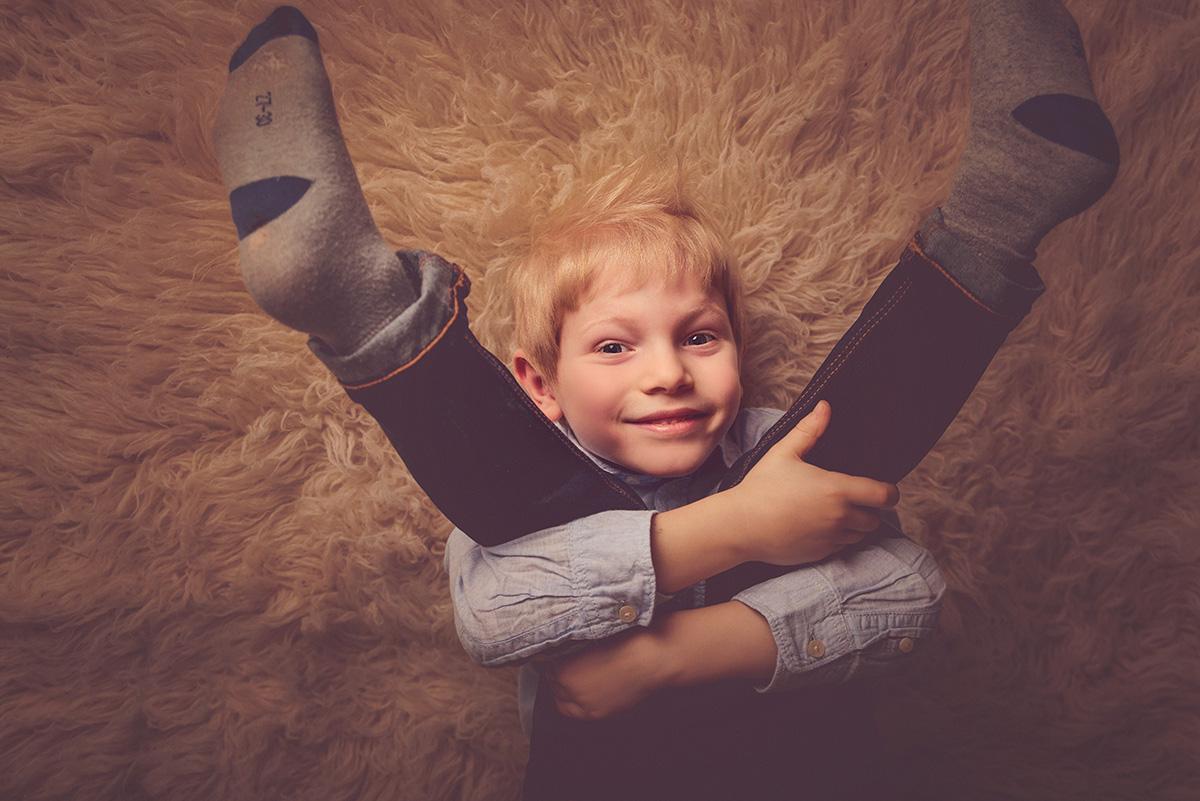 séance-bambin-amusante-famille-studio-photographe-59-tourcoing-lille-nord