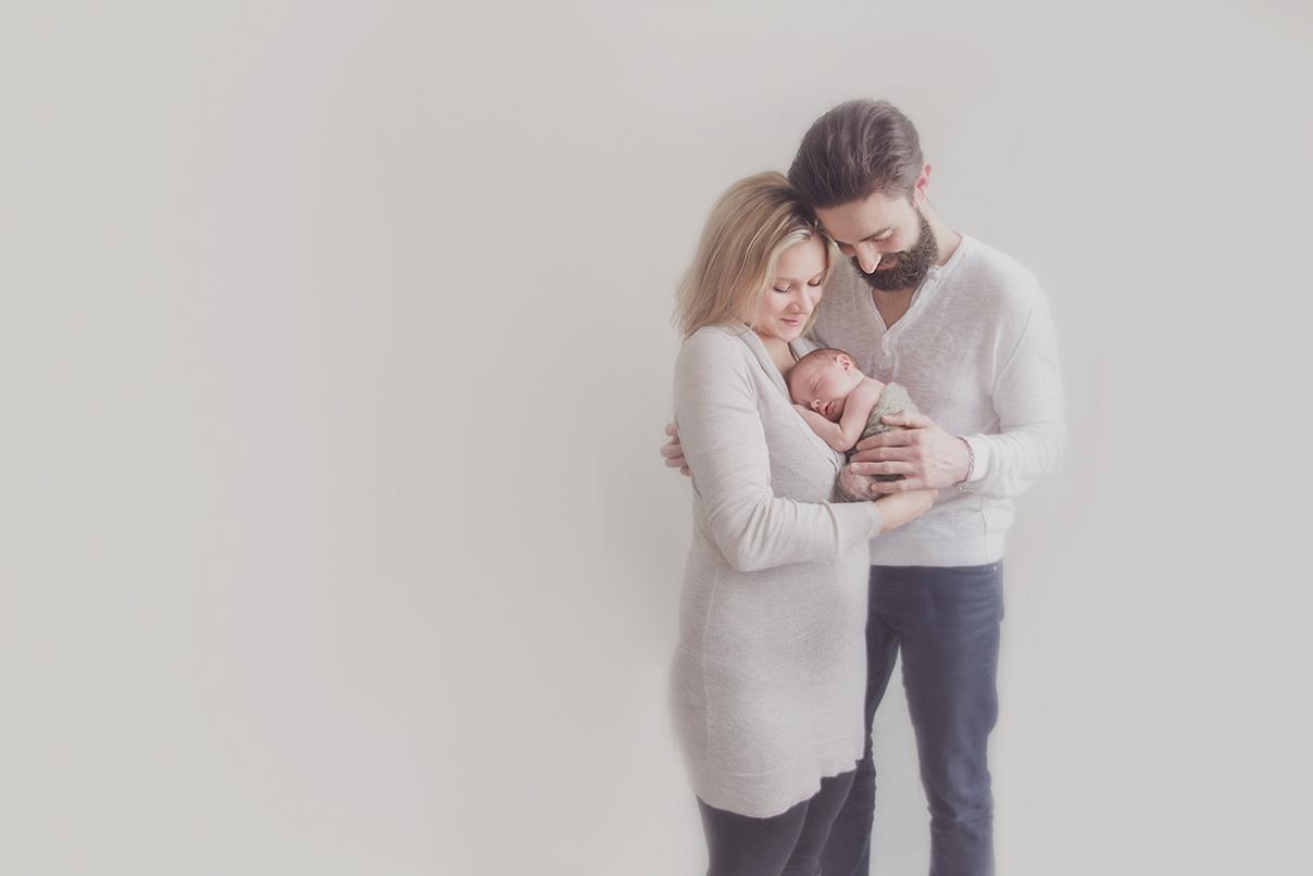 photographe naissance sur lille seance photo nouveau né avec parents